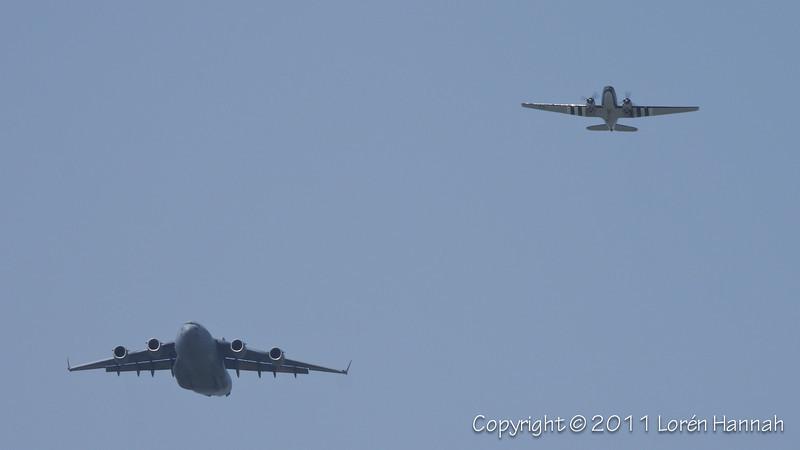 USAF Cargo Heritage Flight - Boeing C-17A Globemaster & Douglas C-47, N33VW