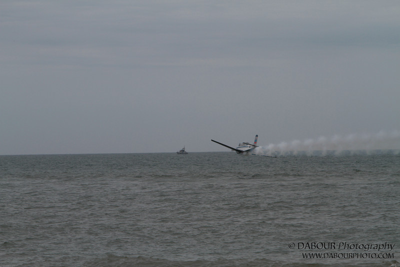 JonesBeachAirshow2010-1121 - and here's another low shot...