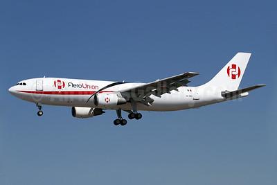 AeroUnion (Mexico) Airbus A300B4-203 (F) XA-MRC (msn 227) LAX (James Helbock). Image: 905560.