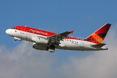 Avianca (Brazil) (OceanAir Linhas Aereas) Airbus A318-121 PR-AVH (msn 3001) GRU (Marcelo F. De Biasi). Image: 906565.
