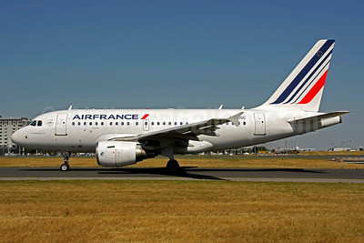 Air France Airbus A318-111 F-GUGC (msn 2071) CDG (Christian Volpati). Image: 906033.