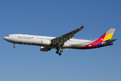 Asiana Airlines Airbus A330-323 F-WWCY (HL8286) (msn 1464) TLS (Olivier Gregoire). Image: 920911.