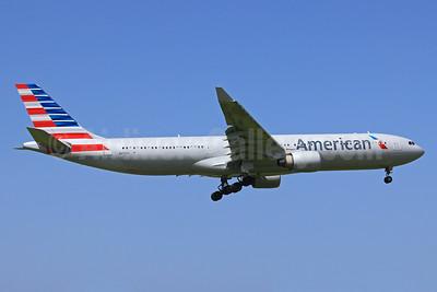 American Airlines Airbus A330-323 N270AY (msn 315) SJU (Raul Sepulveda). Image: 924800.