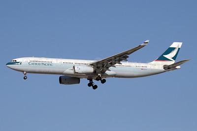 Cathay Pacific Airways Airbus A330-342 B-LAB (msn 673) DXB (Paul Denton). Image: 911296.