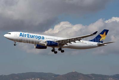 Air Europa Airbus A330-343 EC-MIO (msn 1624) (Skymark colors) BCN (Propfreak). Image: 931807.