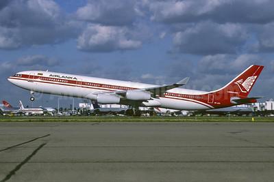 AirLanka Airbus A340-311 4R-ADA (msn 032) LHR (Richard Vandervord). Image: 913344.
