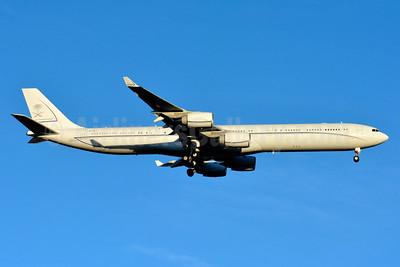Going to Sky Prime Aviation as HZ-SKY