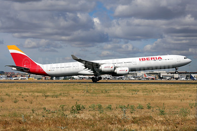 Iberia Airbus A340-600 in the new colors