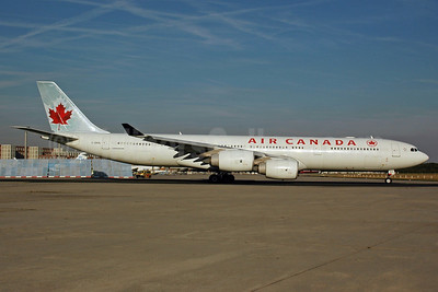 Air Canada Airbus A340-541 C-GKOL (msn 445) FRA (Bernhard Ross). Image: 901268.