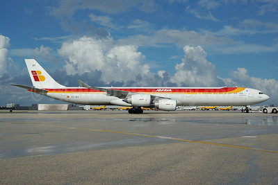 Iberia Airbus A340-642 EC-IZY (msn 604) MIA (Bruce Drum). Image: 100562.