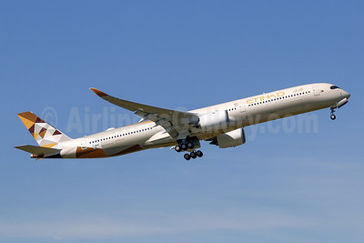 First Airbus A350-1000 for Etihad Airways