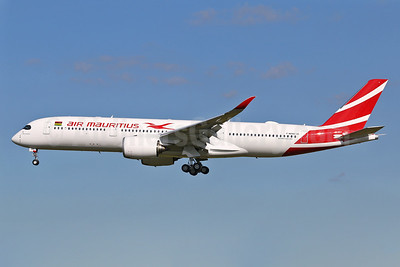 """Le Morne Brabant"", the first Air Mauritius A350, delivered on October 20, 2017"