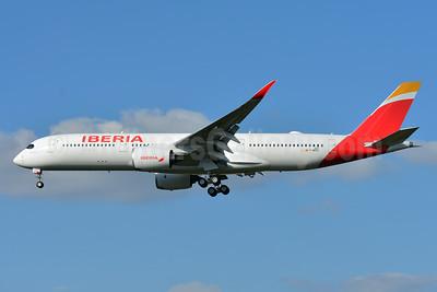 Iberia Airbus A350-941 F-WZHC (EC-MYX) (msn 227) TLS (Paul Bannwarth). Image: 942971.