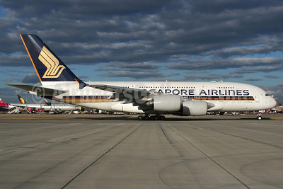 Singapore Airlines Airbus A380-841 9V-SKB (msn 005) LHR (Wingnut). Image: 900423.