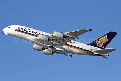 Singapore Airlines Airbus A380-841 9V-SKK (msn 051) LAX (Michael B. Ing). Image: 910616.