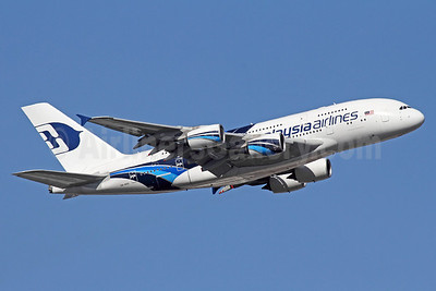 Malaysia Airlines Airbus A380-841 9M-MNB (msn 081) LHR (Michael B. Ing). Image: 910621.