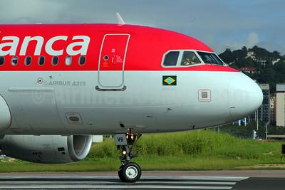 Avianca (Brazil) (OceanAir Linhas Aereas) Airbus A319-115 PR-AVB (msn 4222) SDU (Marcelo F. De Biasi). Image: 908735.