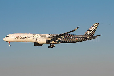 Airbus A350 (msn 002) test aircraft in the Carbon Fiber livery