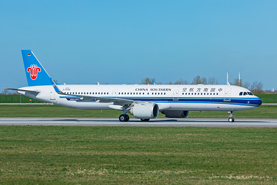 China Southern Airlines Airbus A321-253N B-303L D-AYAQ 4-1-19 2