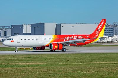 VietJetAir Airbus A321-271N D-AZAN VN-A600 4-1-19 2