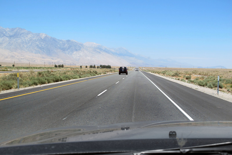 Driving up Hwy 395 on my way to the White Mountains to meet up with some friends that I'll be spending the weekend with.