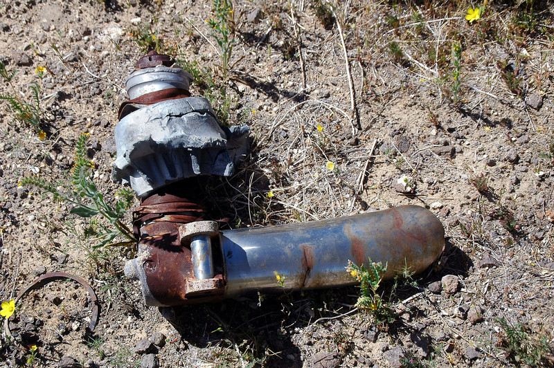 Nearby was an axle with the remains of the wheel hub from the other main gear.