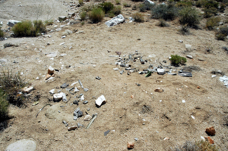 The site turned out to be a micro site with hundreds of small pieces scattered over an area about one hundred feet.
