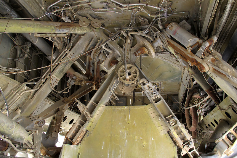 Looking up to where the landing gear is attached on the fuselage.