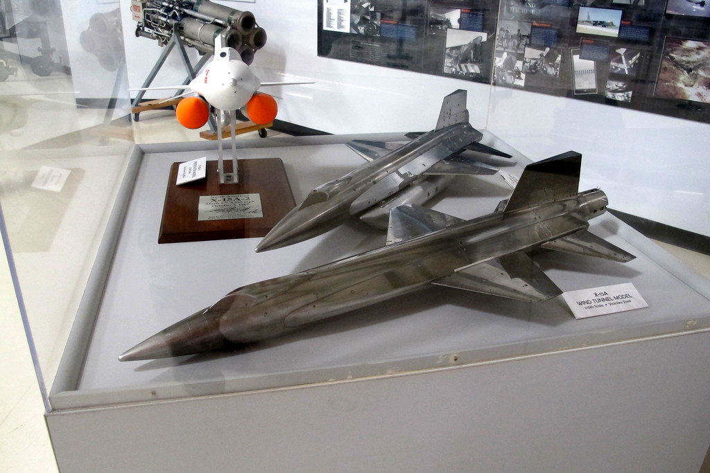 These were really nice. Wind tunnel models for the X-15A and X15A-2. I've seen photos of these in the book Hypersonic which is a great book for anyone interested in the X-15 program.