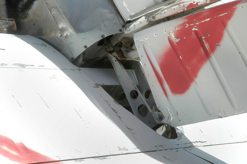 This mount in the tail end of the fuselage below the rudder got my attention.