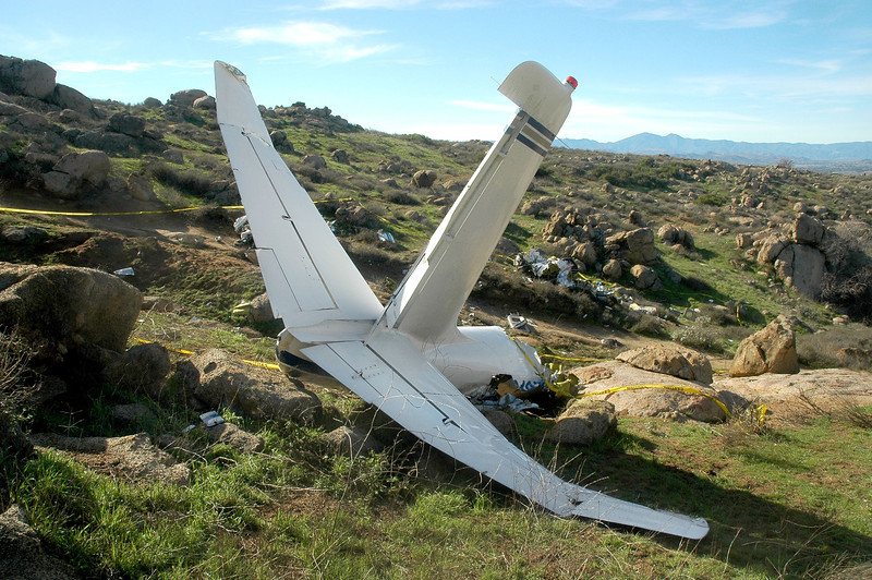 The tips of the horizontal stabilizer were both bent upwards.
