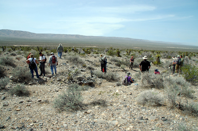 The group at the #48-870 site.