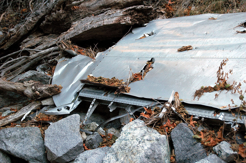 A view of the wing tip showing the remains of the aileron.