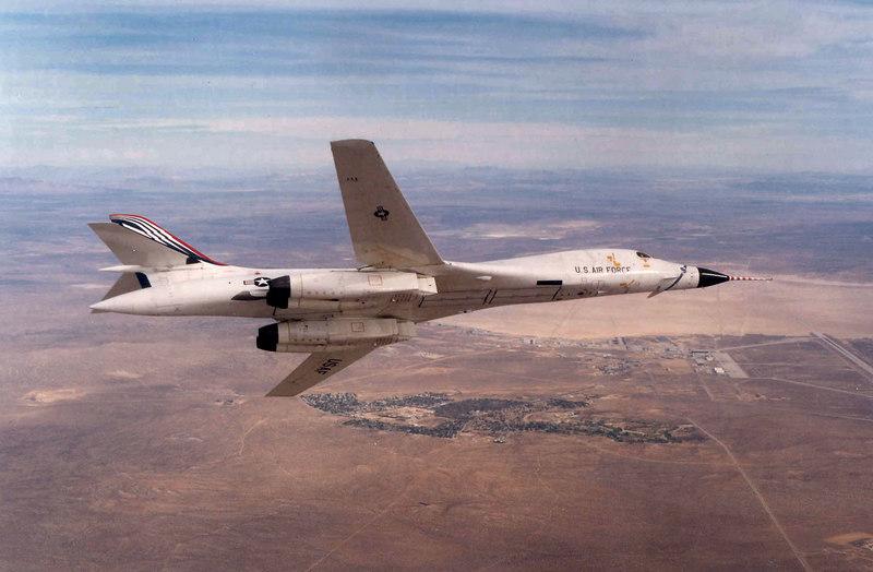 Rockwell International B-1A #74-0159 during the B-1B flight test program. (U.S. Air Force photo)