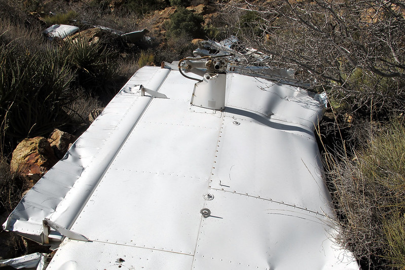 Another view of the wing. Looks like only the wingtip struck during the crash.