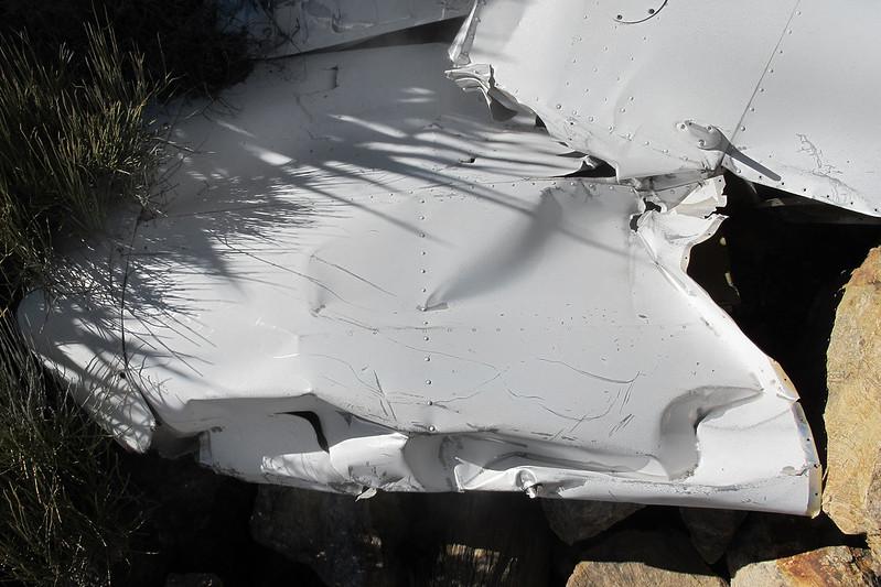 Close look at the damaged wingtip.