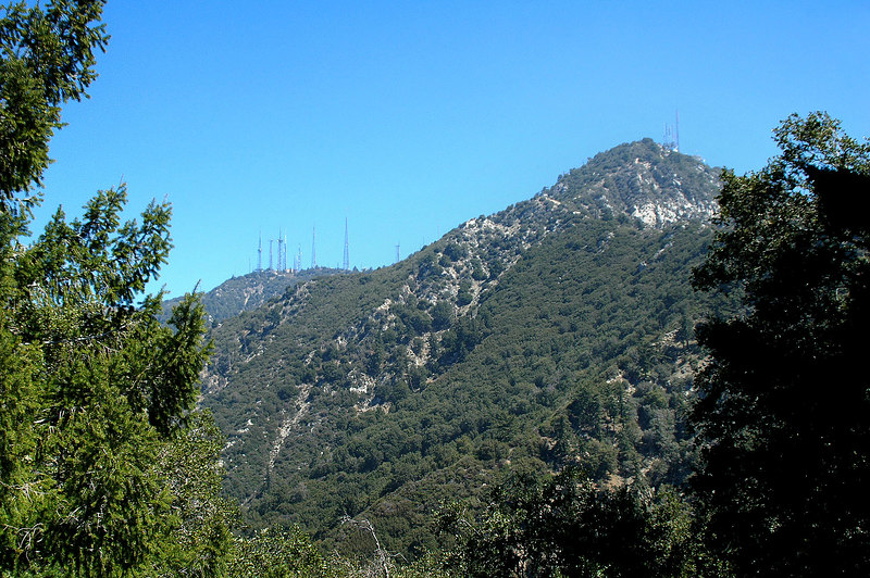 Mt Wilson on the left and Mt Havard on the right.