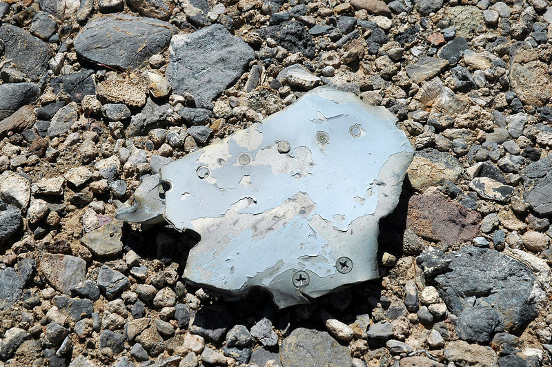 Didn't take long to figure out that this wasn't the crash site of a F-86. For one thing it was in the wrong area and we were finding a lot of pieces with the modern gray paint.