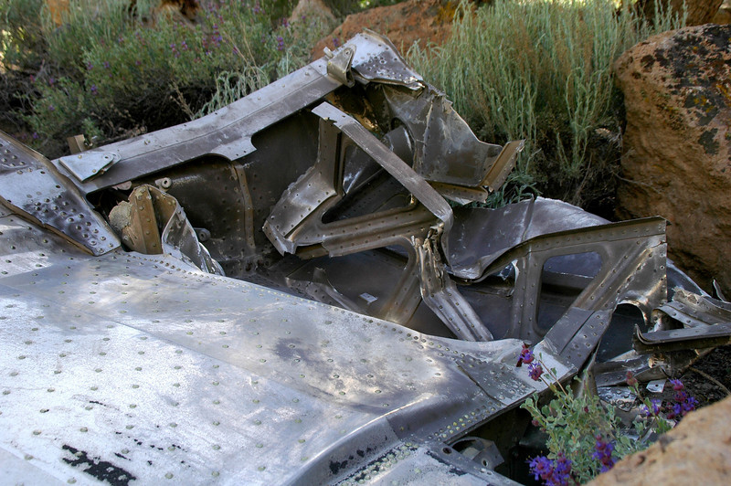 This open section is where the fuselage was located.