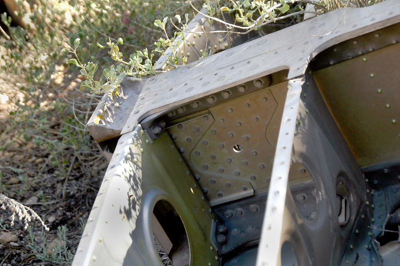 Close up of the main spar shows how it is beefed up at the attachment point for the outer wing section.