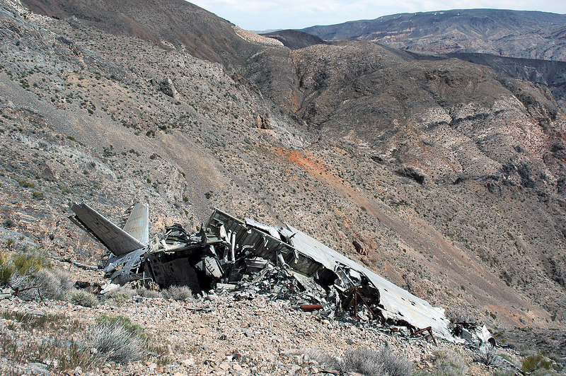 A front view of the wreackage showing what remains of the wing.