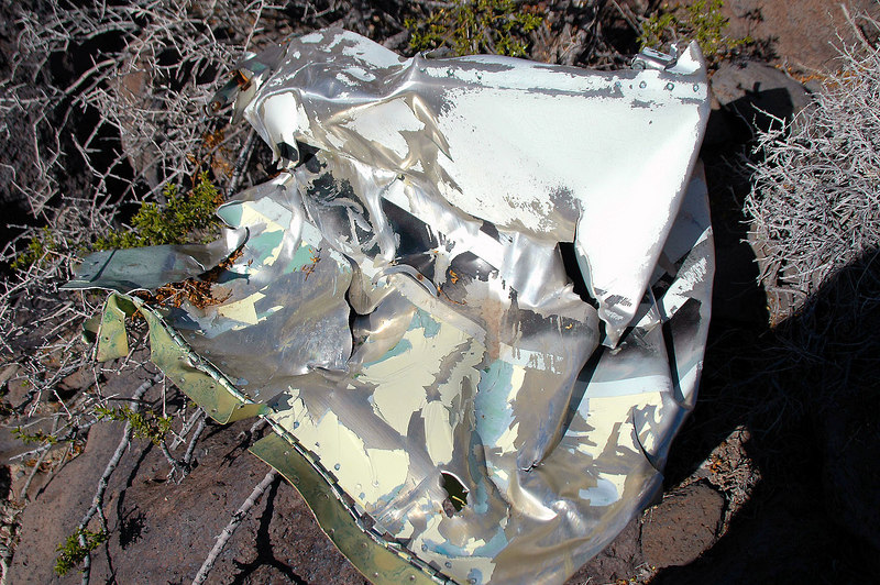 Found another fuselage piece that showed the colors of the Comanche while climbing down to the wing.