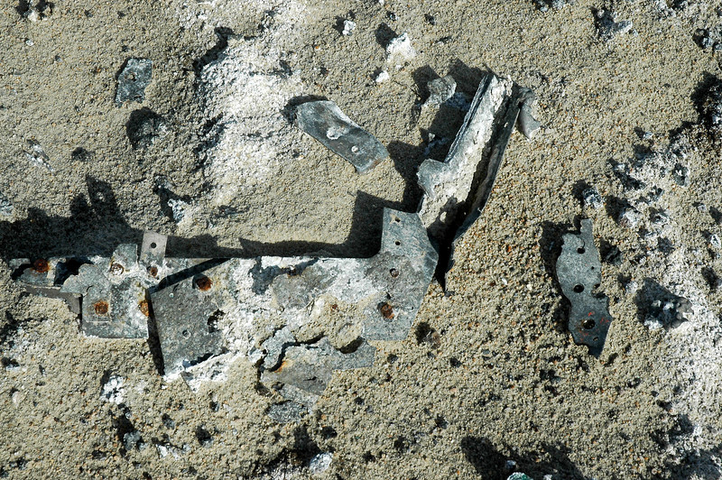 There were a lot of small pieces of aluminum, but they were badly corroded.