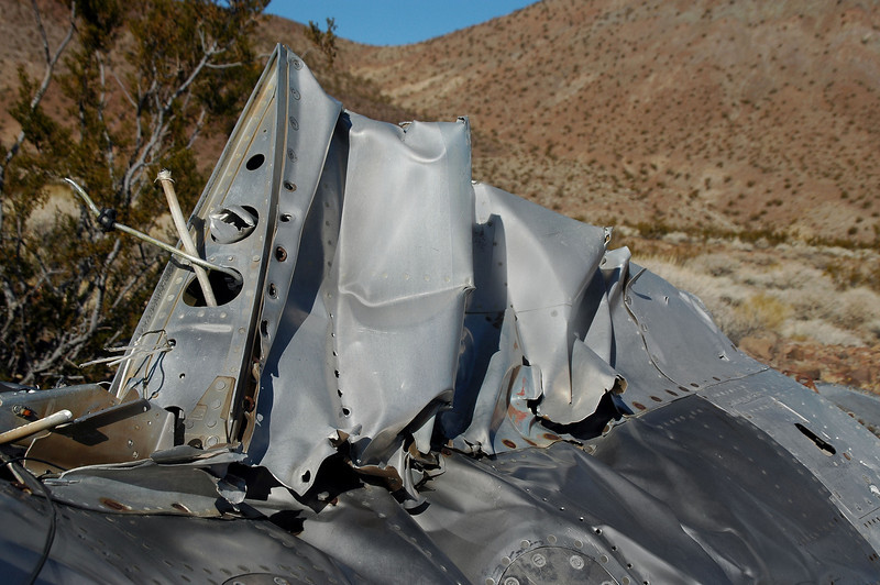 Rear view of the dorsal fin shows the broken fuel vent tube above two smaller pieces of tubing.
