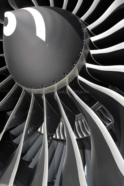 General Electric GE90-115B
