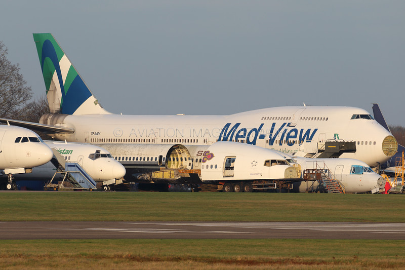TF-AMV   Boeing 747-412   Med-View Airline