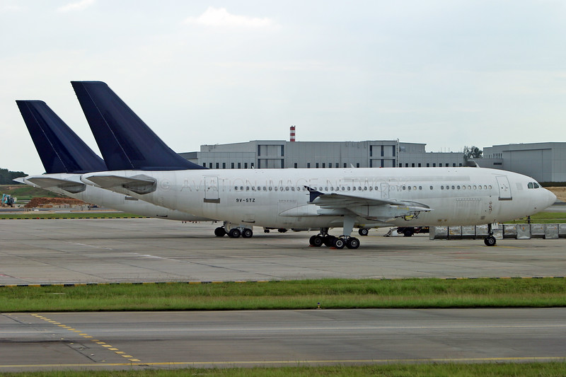 9V-STZ   Airbus A310-324   Singapore Airlines
