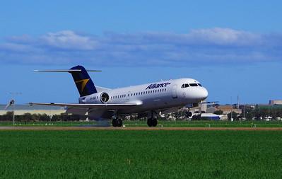 VH-QQR Fokker 70