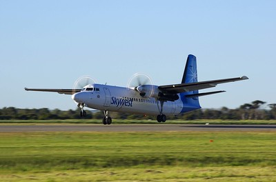 VH-FNA landing 03 Geraldton Airport WA 2nd of August 2010