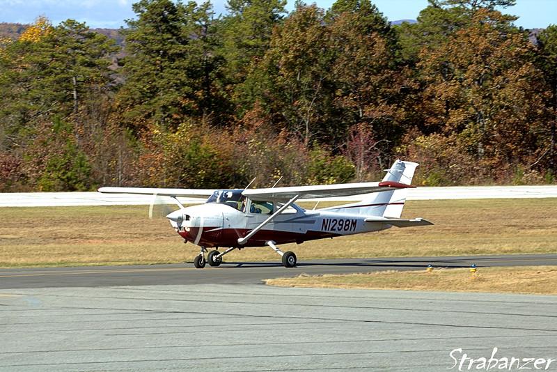 Cessna 182 Skylane N1298M
